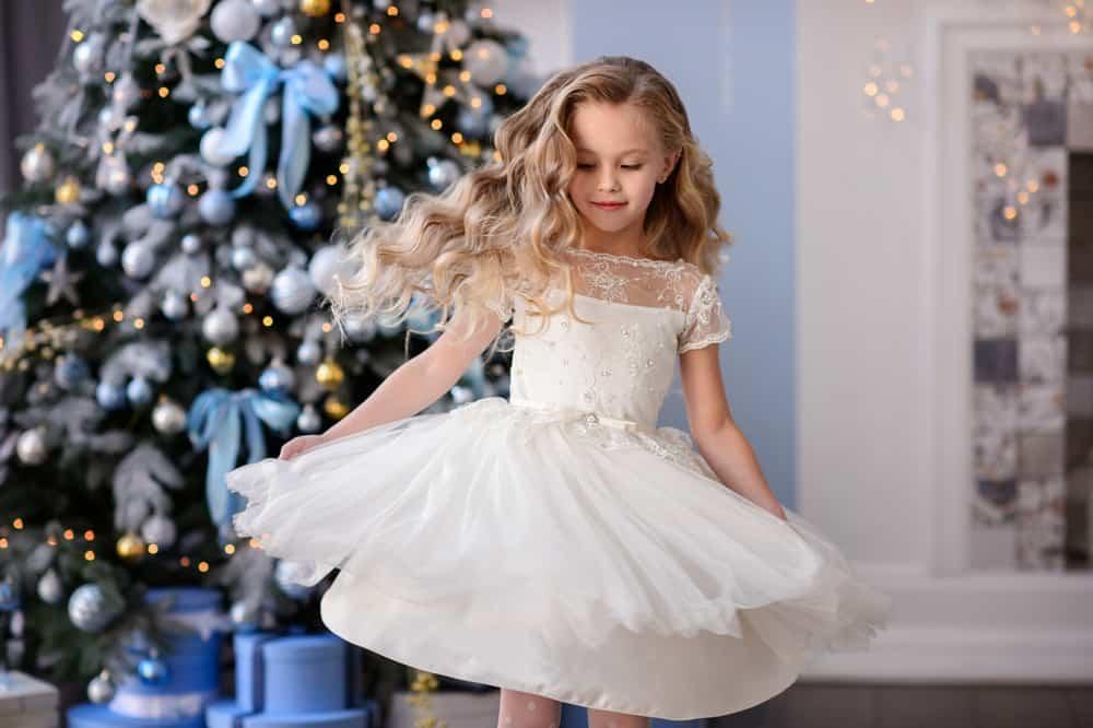 Ținute la modă pentru fete elegante: cum să combini piesele vestimentare
